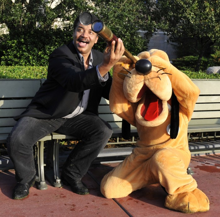 Neil deGrasse Tyson has a look at Pluto with Pluto